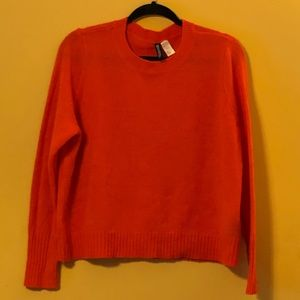 NEW LISTING 🎉 H&M Divided Orange Cropped Sweater